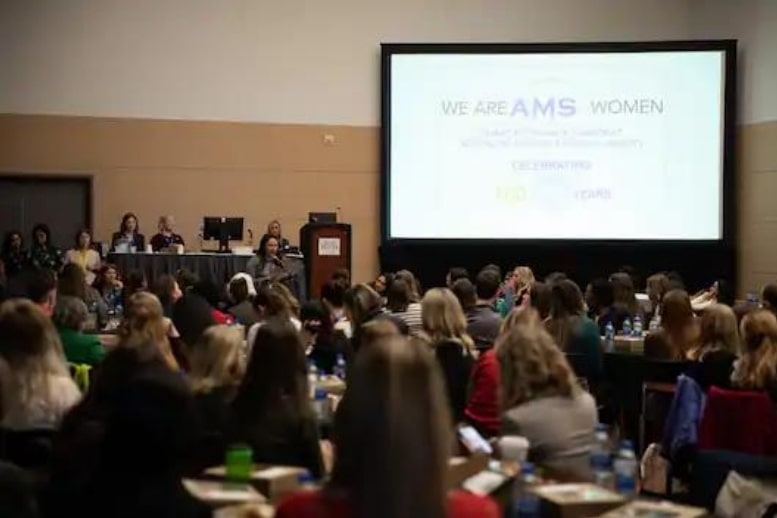 A large crowd attended the Women in Science luncheon at the American Meteorological Society meeting in Boston last year.